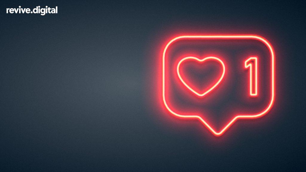 Love social media button in neon lights