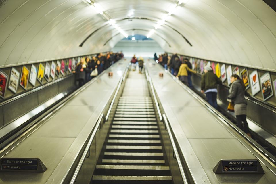 common ways of segmenting - escalator image